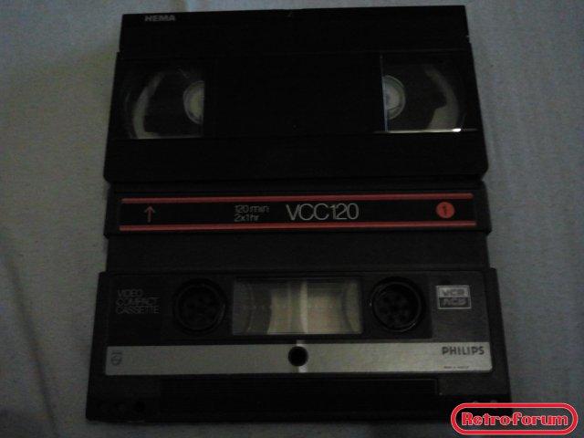 De vergelijking tussen VHS en Video2000/VCC