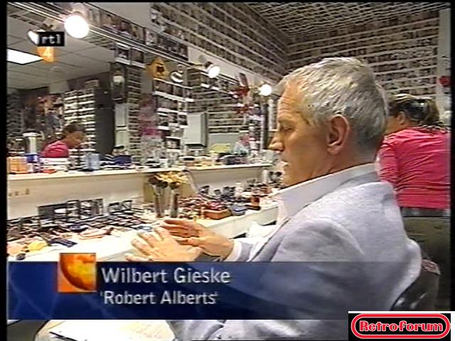 Achter de schermen bij Goede Tijden Slechte Tijden (N.a.v. 2500ste aflevering, 2002)