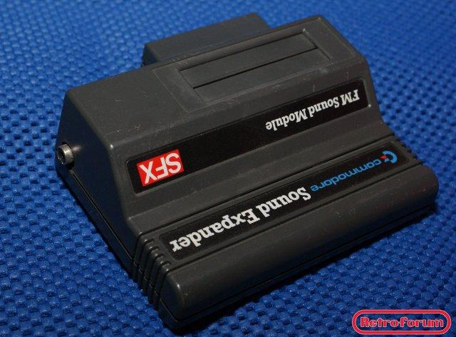 DSC06295Commodore SFX series Sound Expander