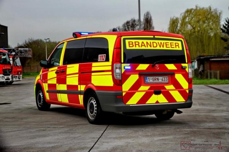 arisco_striping_brandweer_halle_battenburg_2-63fa0186dae778a7d108439ec89c99bc-page-photobook-zoom-default.jpg