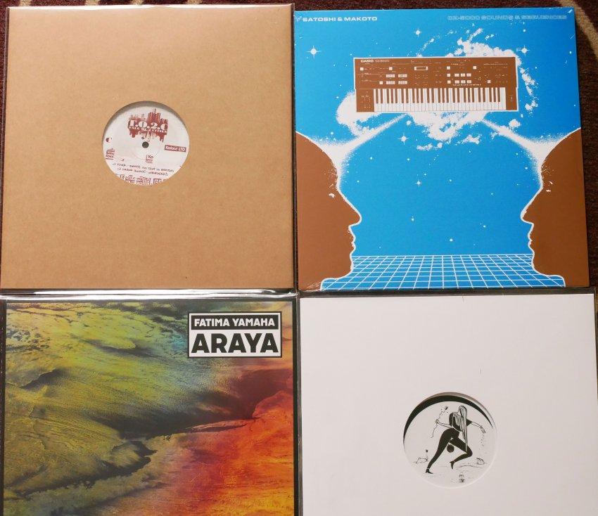 vinyl.thumb.jpg.6d7a50d314897e01899489fbb8a46fbc.jpg