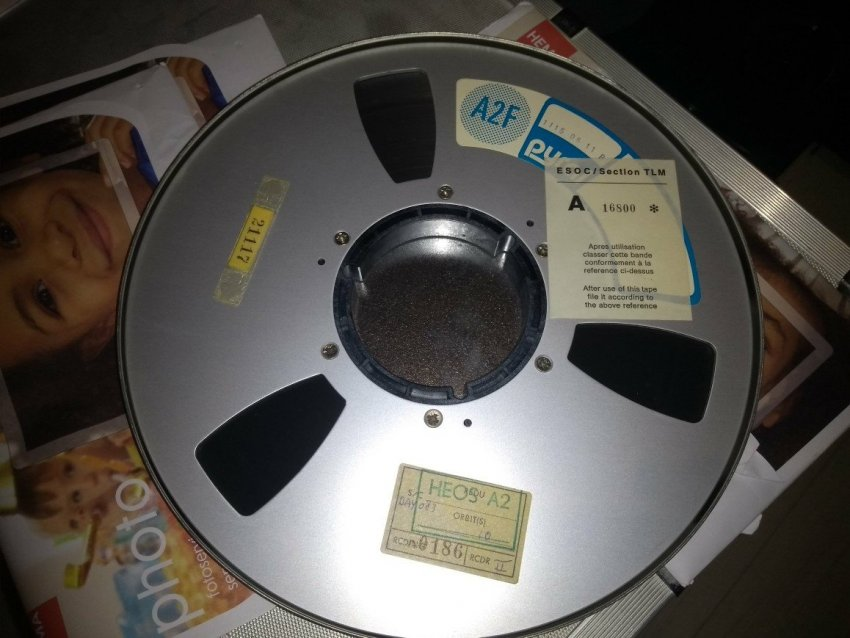 1115-06-11-R-tape.jpg