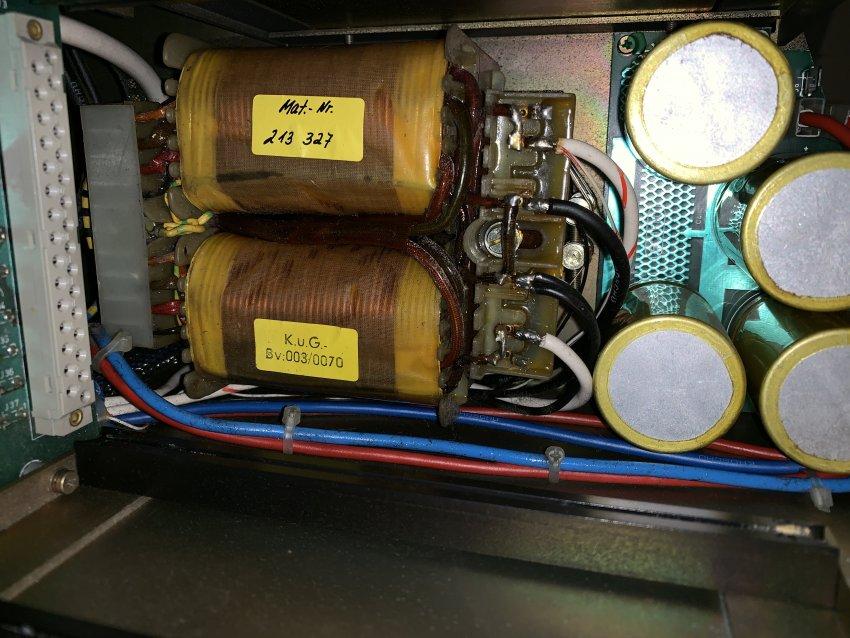Transformator.thumb.JPG.9d27d56747907165afa6fc007ab5db30.JPG