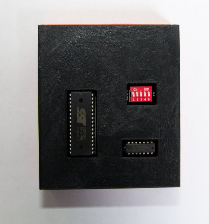 enclosure_04.thumb.jpg.4786374395be5e7e3ae47e36c4c392ec.jpg